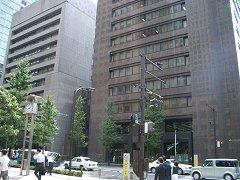 0407_trustbank.jpg